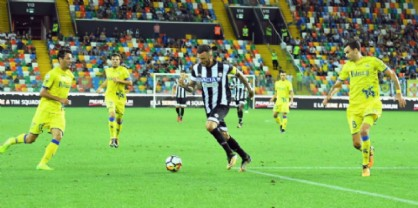 Esordio amaro per l'Udinese: il Chievo espugna il Friuli