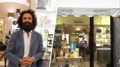 Andrea Ottaviano nel suo negozio (foto Valeria Cavallo)