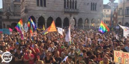 Gay, lesbiche, trans: rinnovato il servizio di ascolto, accoglienza e supporto