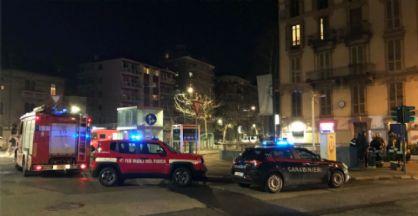 Vigili del fuoco e carabinieri sul posto