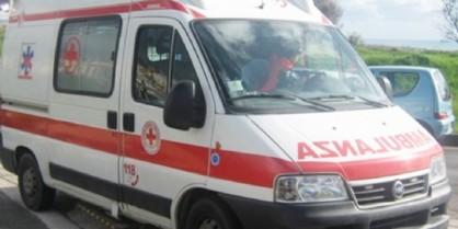 Pordenone, incidente fra auto e bici: una persona all'ospedale