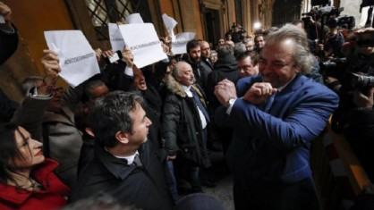 Mario Michele Giarrusso contestato da senatori del Pd