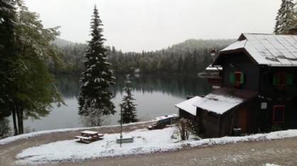 L'inverno non se ne vuole andare: altra spruzzata di neve in montagna