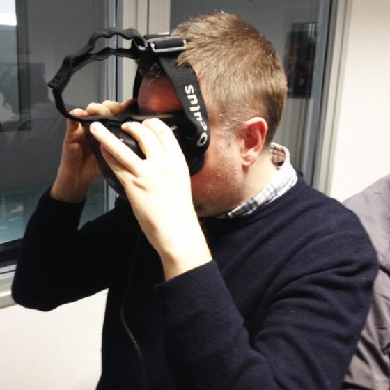 Fulvio Romanin con indosso gli Oculus Rift
