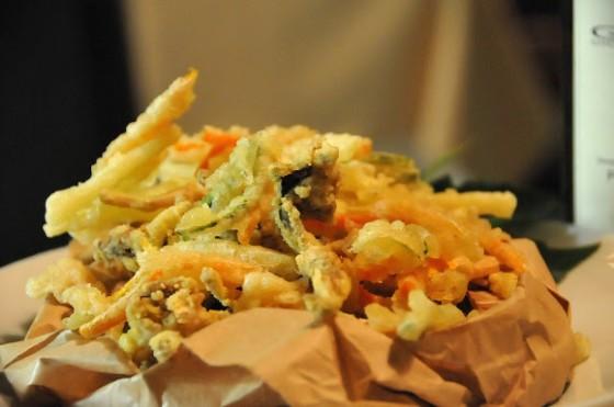 Il gran fritto di rane e verdure