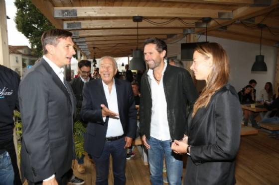 Il presidente sloveno Pahor in visita allo stand di Tina Maze