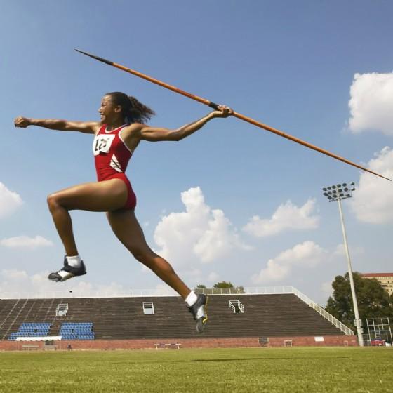 Un'atleta durante una competizione