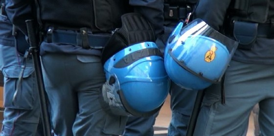 Dotazioni inadeguate per Polizia e Vigili del Fuoco (© Sindacato autonomo polizia)