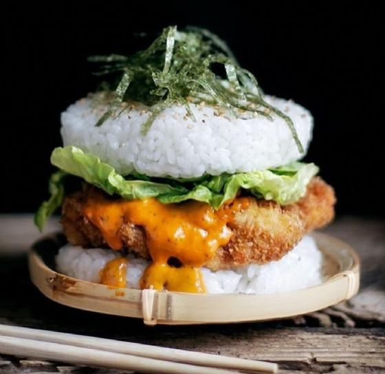 La nuova tendenza del sushi (© Instagram #sushiburger)