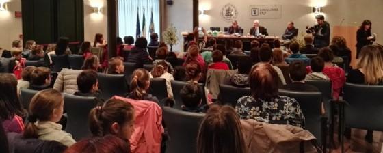 La sala gremita in cui si è svolta la cerimonia di premiazione (© Diario di Udine)