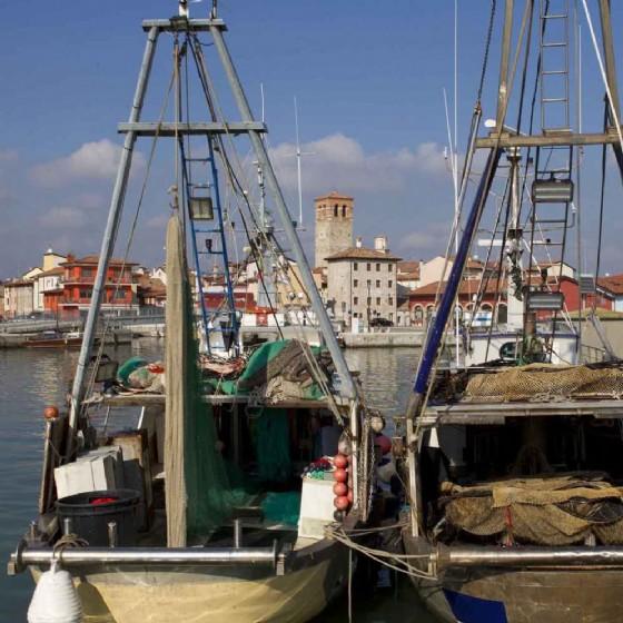 alcune imbarcazioni a Marano (© Glauco Vicario)