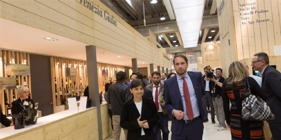 La presidente Serracchiani al Vinitaly (© Regione Friuli Venezia Giulia)
