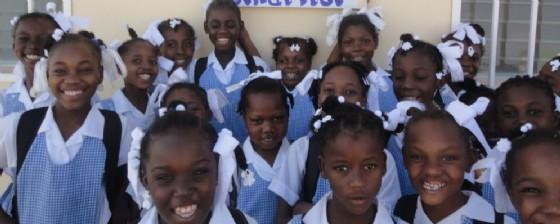 Alcune bambine di Haity (© Pane Condiviso)