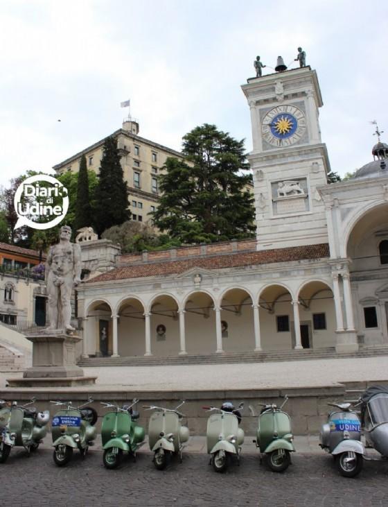 Udine invasa dalle Vespa (© Diario di Udine)
