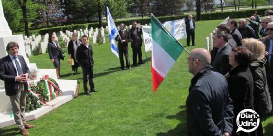 La commemorazione del 25 aprile nel cimitero di Adegliacco (© Diario di Udine)