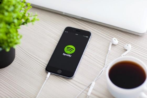 Spotify, centinaia di account violati si consiglia di cambiare password