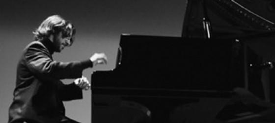 Vincenzo Maltempo al pianoforte