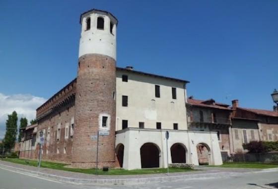 Il castello di Verrone che ospita Fake Festival (© Diario di Biella)