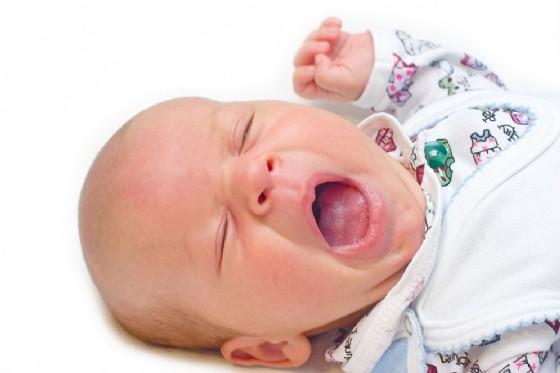 Il pianto del bambino manda in tilt il cervello di mamma e papà