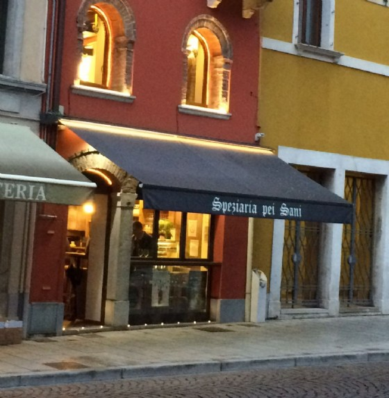 Ha riaperto la Speziaria pei Sani (© Diario di Udine)
