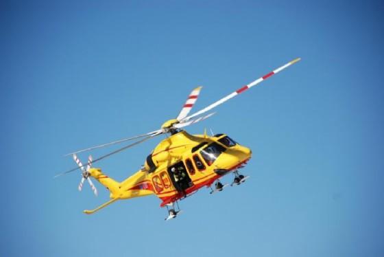L'elicottero del Suav (© ANSA)