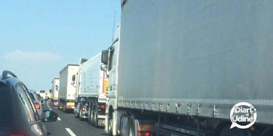 Chiesti più controlli tra i Tir in transito sulla A4 (© Diario di Udine)
