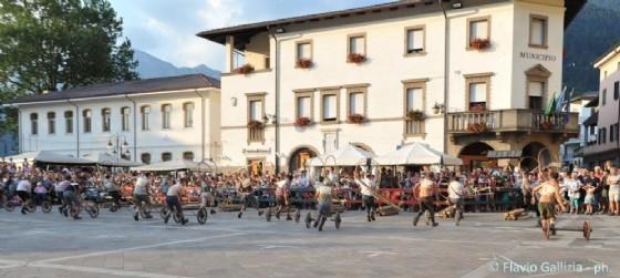 Un'immagine della passata edizione del Palio che si svolge annualmente a Paluzza (© Flavio Gallizia)