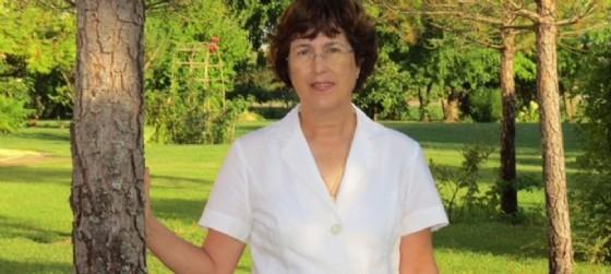 La signora Emanuela Toniatti Giacometti proprietaria dell'agriturismo culturale Centum Heredia (© Bassaparola)