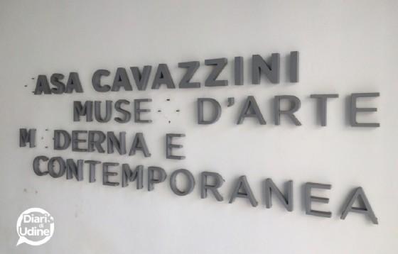 Le lettere asportate dalla scritta del museo cittadino (© Diario di Udine)