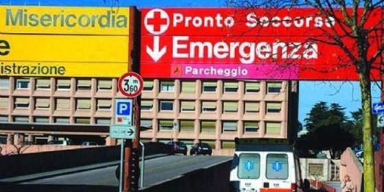 Due feriti gravi a seguito di un investimento fuori dall'Ospedale di Udine (© Diario di Udine)