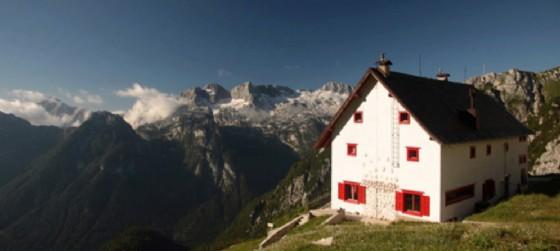 Il Rifugio Corsi sulle montagne di Tarvisio
