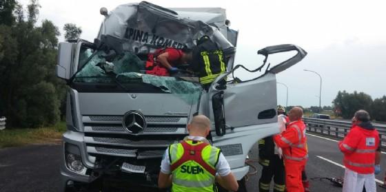 L'incidente in A4 che ha coinvolto un mezzo pesante (© Autovie Venete)