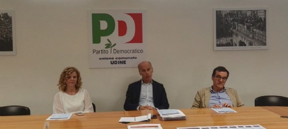 Da sinistra Monica Paviotti, Enrico Leoncini, Carlo Giacomello, durante la conferenza stampa di presentazione della festa dem