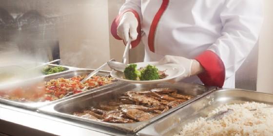 Anche il controllo durante i pasti tra i servizi in appalto