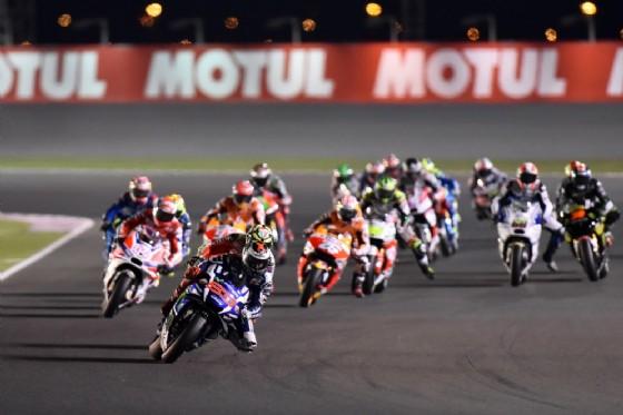 La partenza del primo Gran Premio stagionale in Qatar (� Michelin)