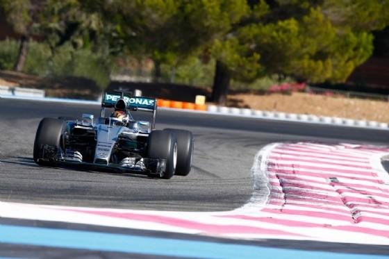 Pascal Wehrlein in azione con la Mercedes al Paul Ricard (� Pirelli)