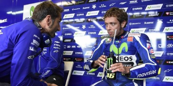 Matteo Flamigni con Valentino Rossi (� Yamaha)