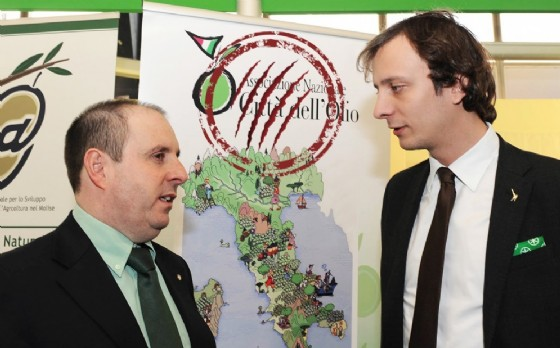 Claudio Violino con Massimiliano Fedriga (© Regione Friuli Venezia Giulia)