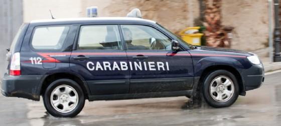 A Tarvisio si schianta contro un'auto in sosta e poi si ribalta (© AdobeStock | Oleg Kozlov)