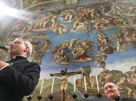 Don Geretti nella Cappella Sistina (© Mastrorosa)