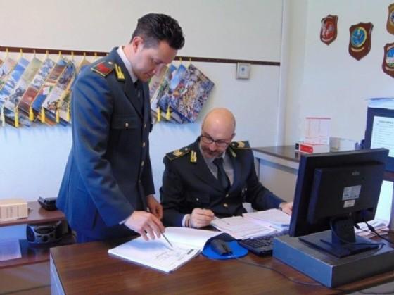 I militari della Gdf al lavoro