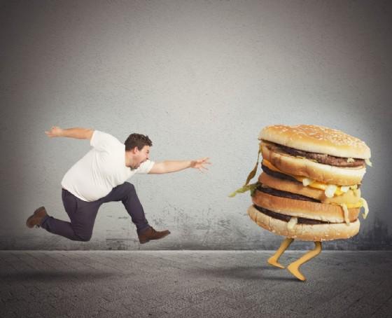 Obesità: fritti e grassi che passione, è tutta colpa del DNA