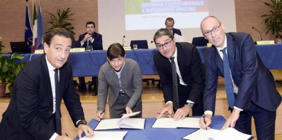 I firmatari della 'Carta di Udine' (© Montenero)