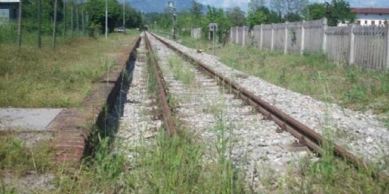 La linea ormai abbandonata della Gemona-Sacile