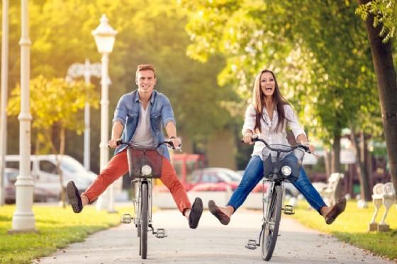 Andare in bici fa bene al cuore (© Lucky Business | Shutterstock.com)
