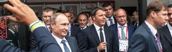 Il presidente russo Vladimir Putin con il premier italiano Matteo Renzi. (© Marco Aprile / Shutterstock.com)