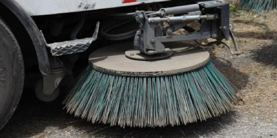 Al via la pulizia di alcune strade in città (© Diario di Udine)