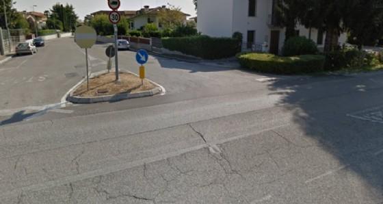 Il luogo dell'incidente, all'imbocco di via Carducci (© Google)