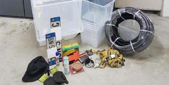 La refurtiva recuperata a casa dell'uomo (© Carabinieri)