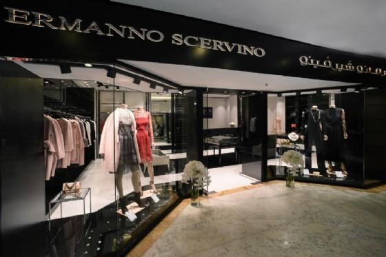 L'esterno della nuova boutique Ermanno Scermino a Kuwait City (© Ufficio Stampa Ermanno Scervino)